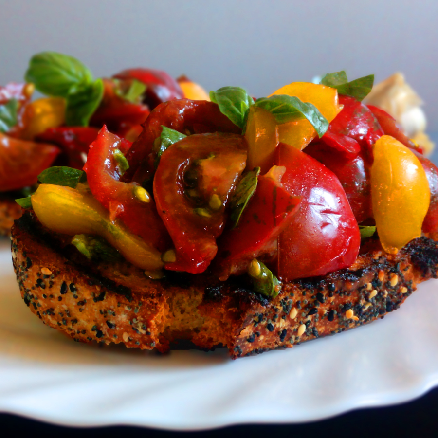 Tomatoes and Basil Bruschetta | Healthy Food Recipes | simplyanchy.com