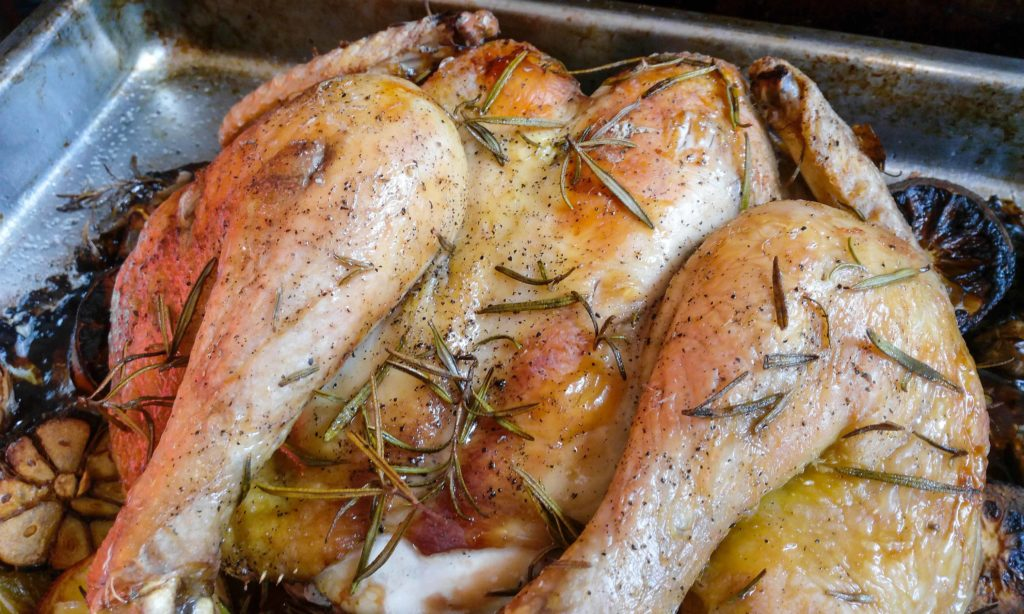 I was always scared to roast the whole chicken, before I tried these simple tricks on how to check chicken for doneness. Now every time I make my lemon and garlic chicken roast I get perfect results. Get this recipe now. | #lemongarlicchicken #chickenroast #roastedchicken #perfectwholechickenroast | simplyanchy.com