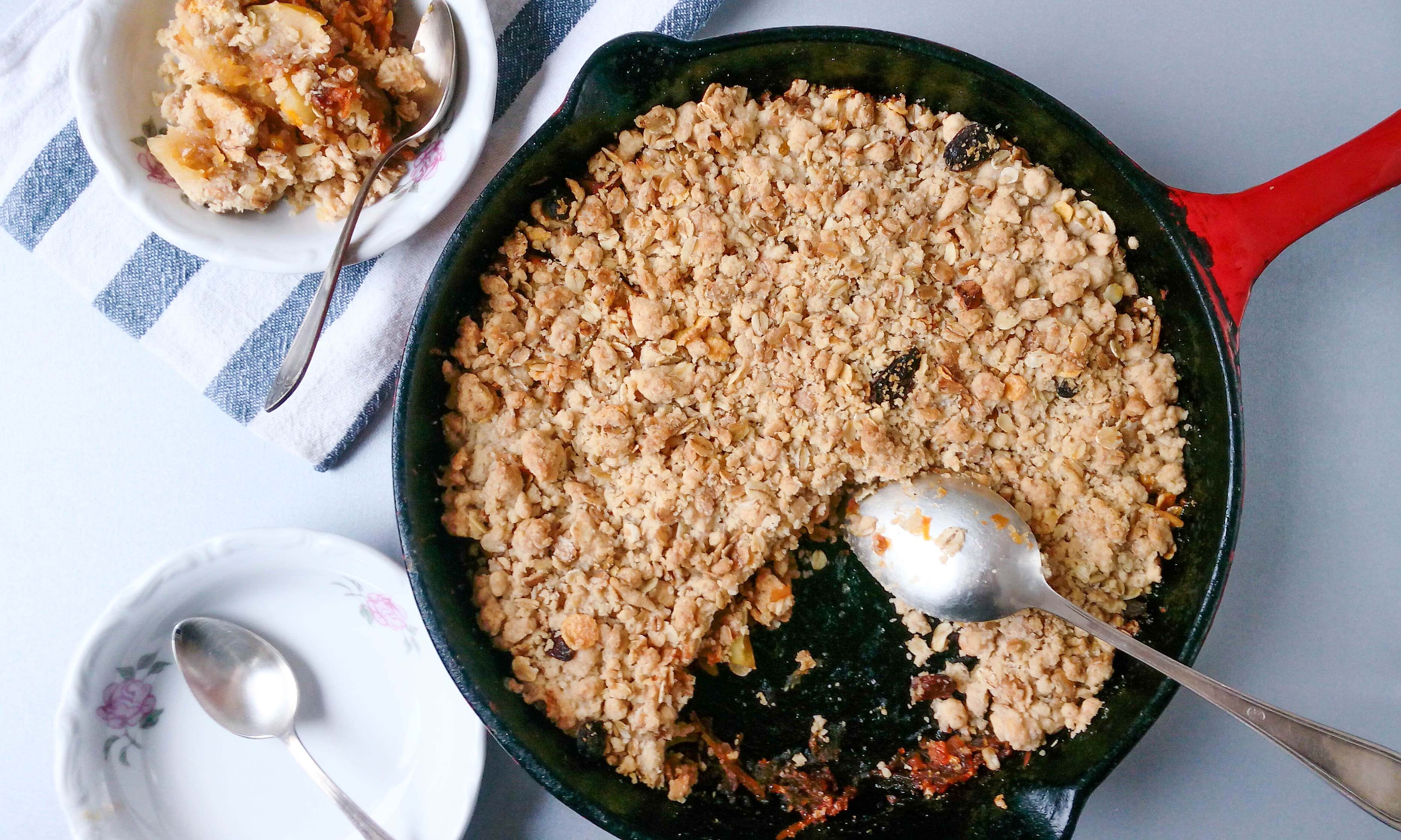 The Perfect Caramel Apple Crumble
