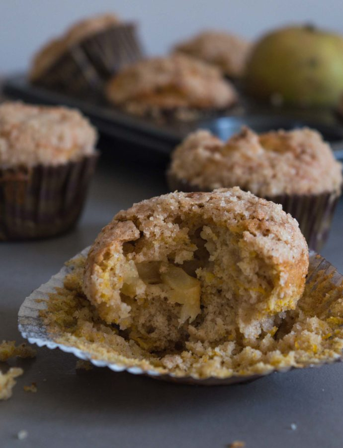 Pumpkin Apple Muffins with Streusel Topping